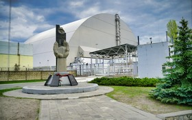 New Safe Containment of the Chernobyl Nuclear Power Plant