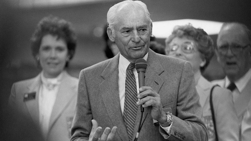 Lessons from Sam Walton's Autobiography: Learning from Failure