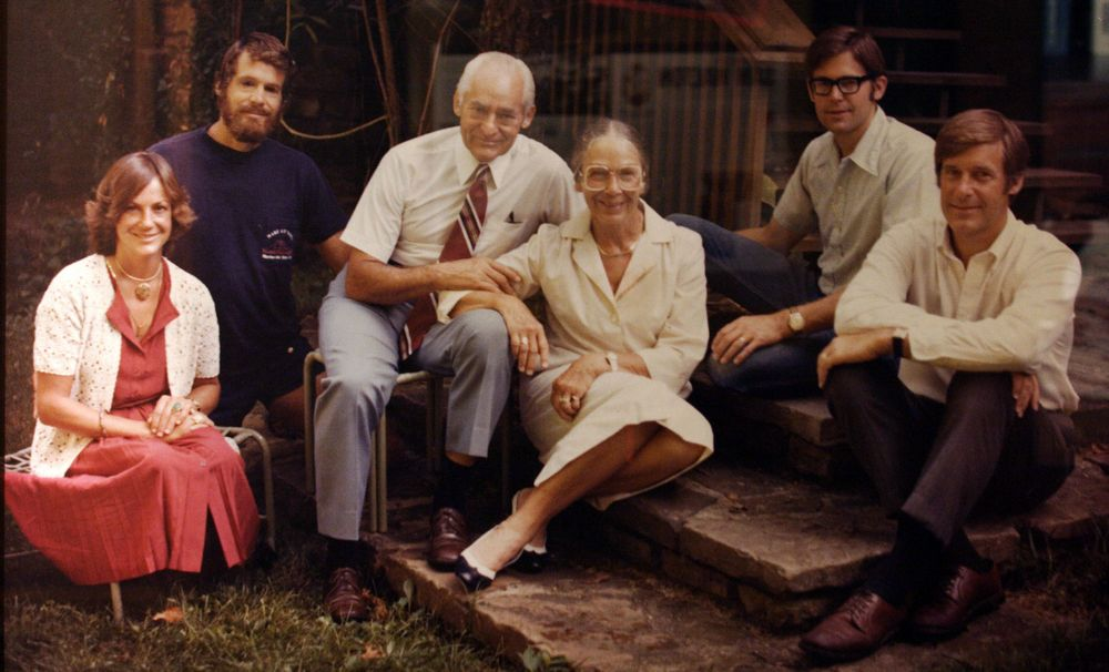 Walton family: Sam Walton, his wife Helen Walton, and four young children