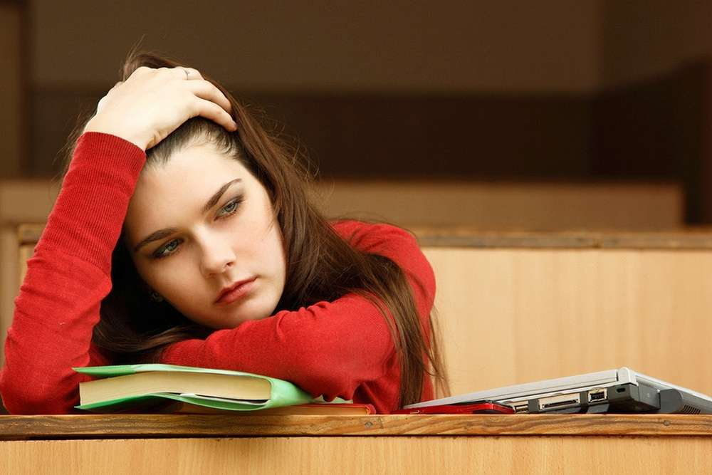 6 Signs That A Student Is Struggling with A Mental Illness