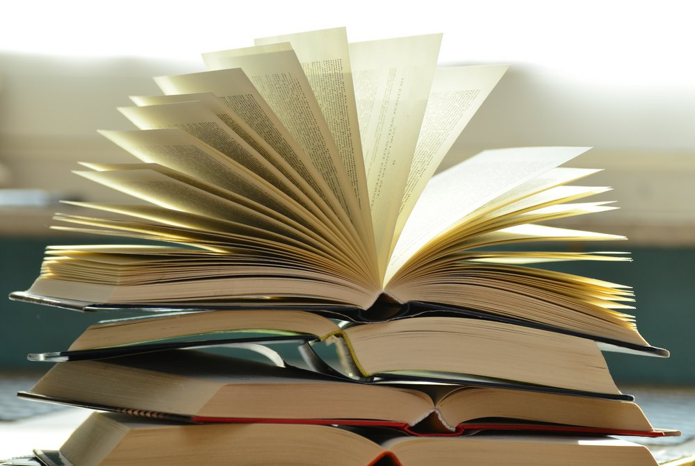 Top 10 Books Every Australian Student Should Read